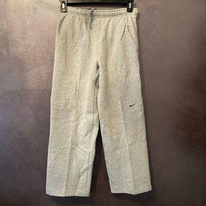 Nwt Boys Nike Grey Sweat Pants Medium
